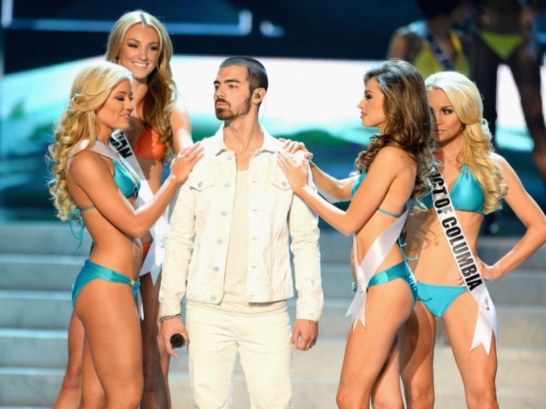 Joe Jonas performing during the 2013 Miss USA Pageant